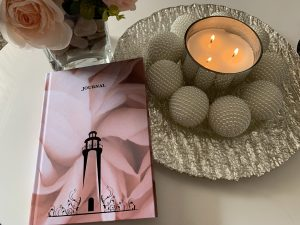 LightHouse Journal Female Candle Pot Plant